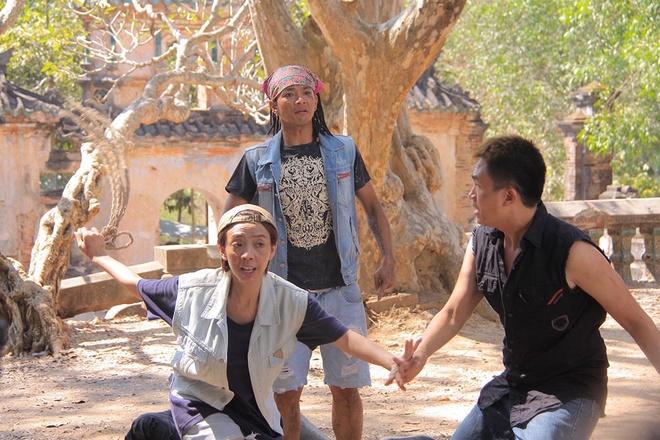 Dai Nghia quy goi cau hon Thu Trang trong phim hinh anh 5