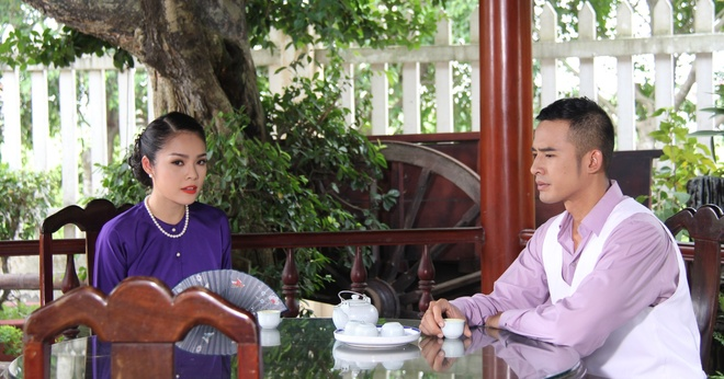 Duong Cam Lynh lam vo le trong phim anh 2