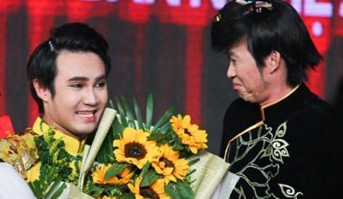 Huynh Lap: 'Toi hoc su dung di cua Hoai Linh' hinh anh