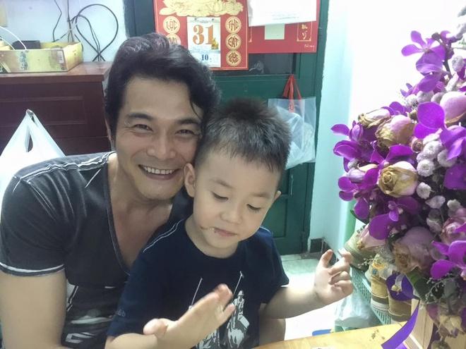 Quach Ngoc Ngoan mung sinh nhat con trai hinh anh 1