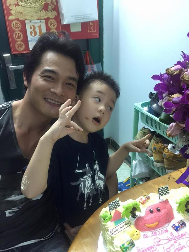 Quach Ngoc Ngoan mung sinh nhat con trai hinh anh 2