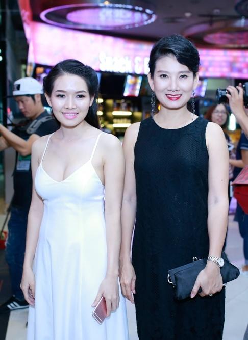 Ngo Thanh Van vui mung hoi ngo Tran Anh Hung hinh anh 7
