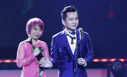 MC Hanh Phuc: 'Toi la nam MC hay khoc nhat' hinh anh