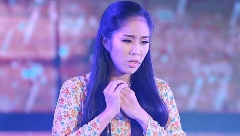 Le Phuong khien khan gia bat khoc khi hat 'Chi di tim em' hinh anh