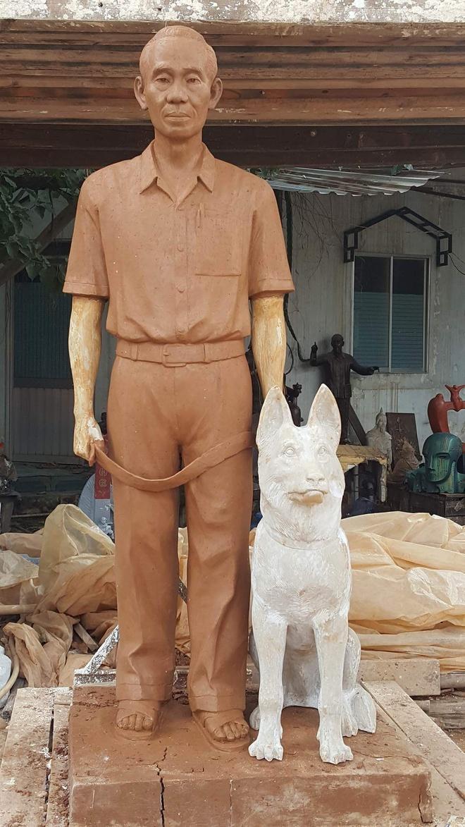 Giao su nguoi My tang tuong Pham Xuan An cho duong sach hinh anh 1