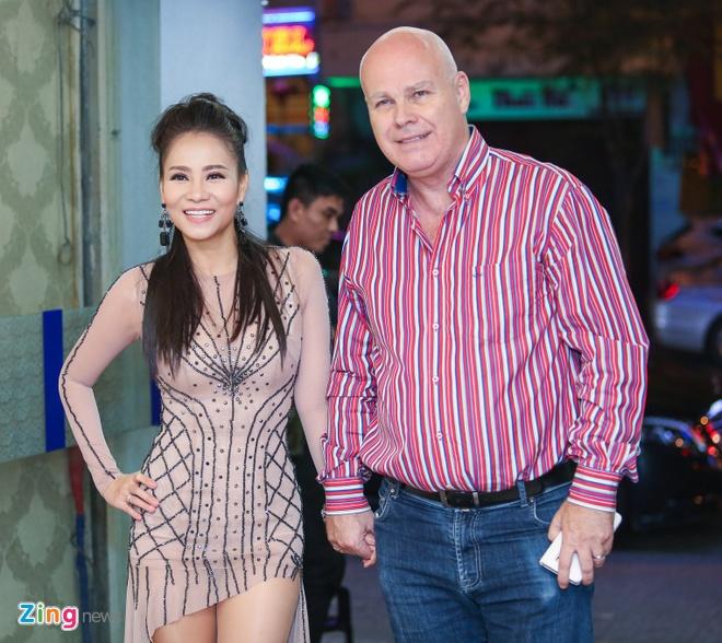 Sao Viet nhiet tinh tham gia dem nhac ung ho Minh Thuan hinh anh 4