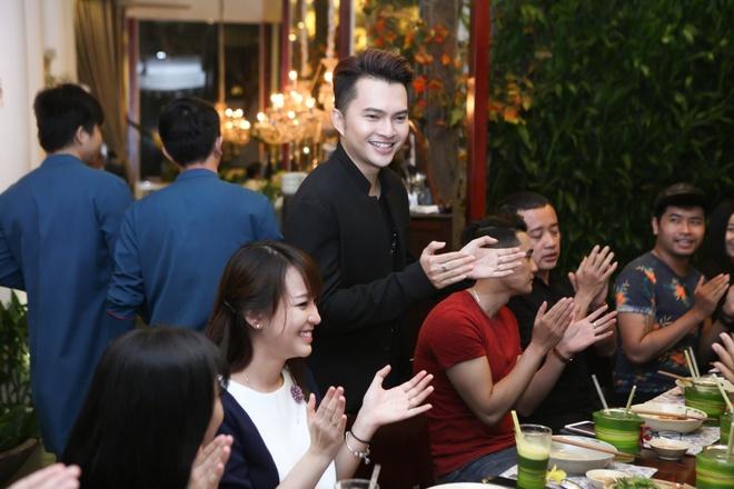 Phuong My Chi chuc mung sinh nhat Nam Cuong hinh anh 7