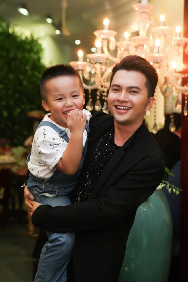 Phuong My Chi chuc mung sinh nhat Nam Cuong hinh anh 8