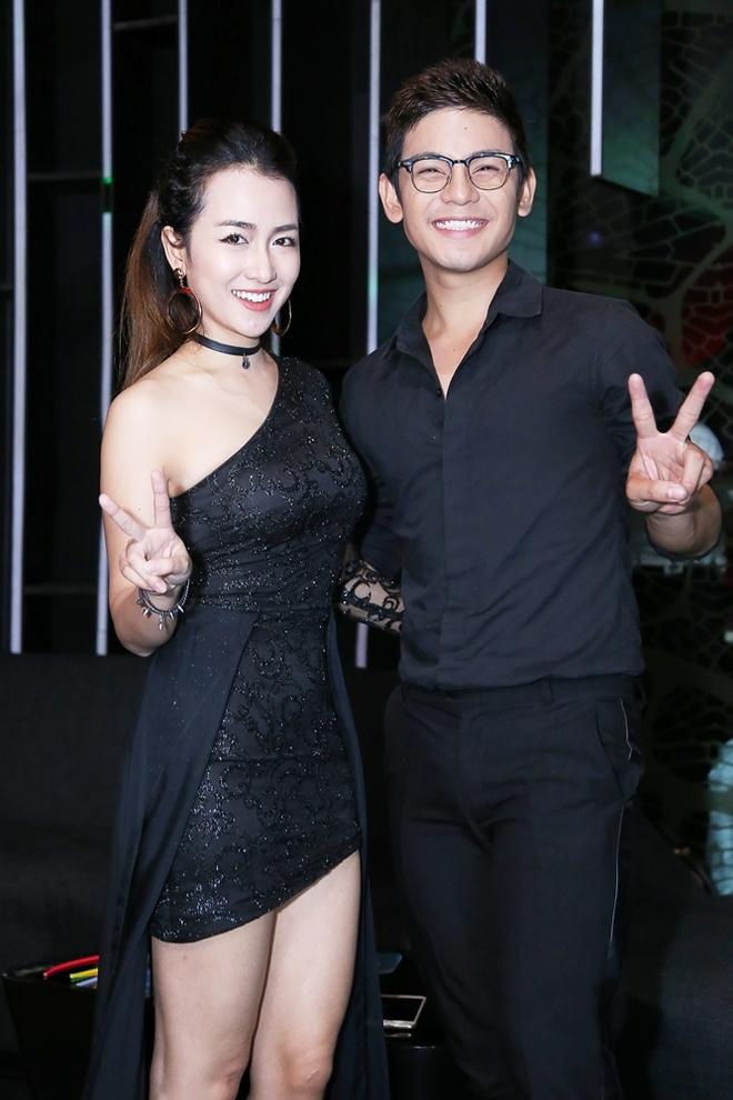 Trang Moon do ve sexy voi DJ Han Quoc anh 6