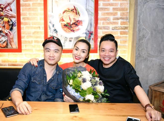 Tang Thanh Ha tinh tu ben chong o su kien hinh anh 6