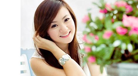 'Be' Xuan Mai da lay chong va sinh con o My hinh anh