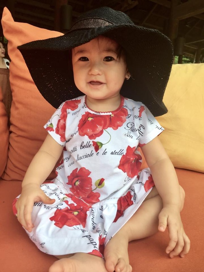 Vo chong Ha Kieu Anh dua 4 con di nghi duong hinh anh 5