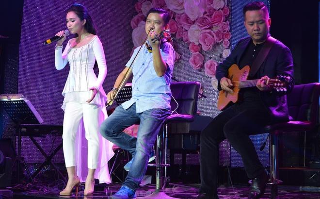 Hien Thuc thang hoa trong dem nhac acoustic hinh anh 4