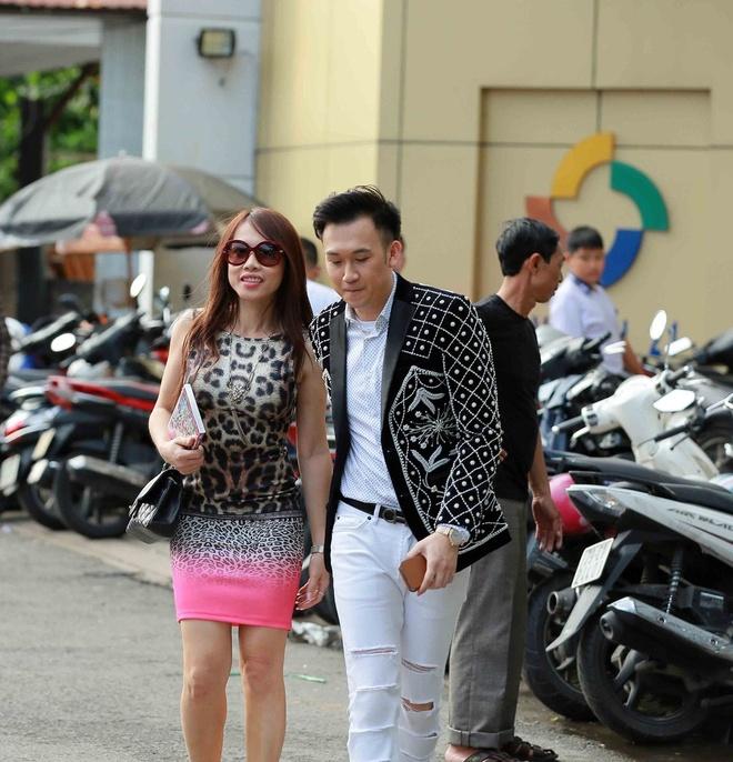 Em gai Hoai Linh co vu Duong Trieu Vu anh 2