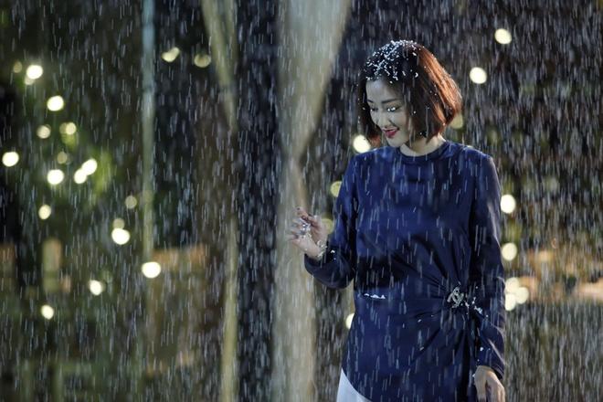 Huy Khanh hon Maya say dam trong 'Sai Gon, anh yeu em' hinh anh 5