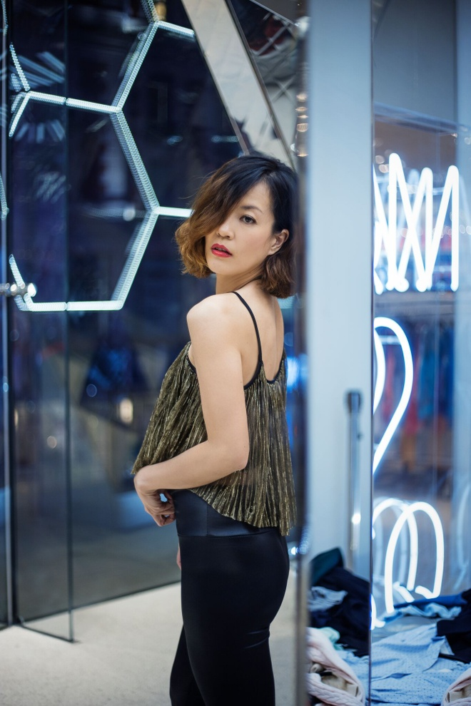 Chung Vu Thanh Uyen nang dong o My anh 3