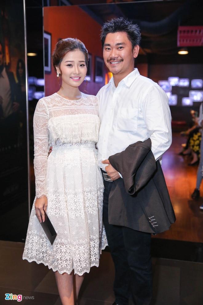 Milan Pham di xem phim mot minh sau nghi van yeu Tien Dat hinh anh 4