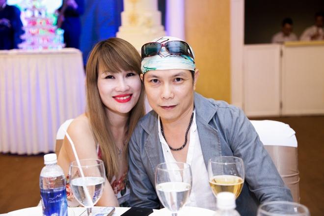 Giao Linh lay chong da 3 doi vo anh 8