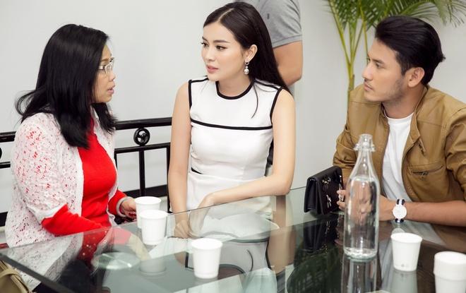 Nhan Phuc Vinh bi Cao Thai Ha che kho khao trong phim moi hinh anh 2