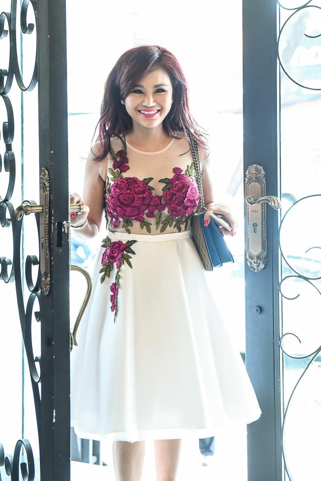 Pham Thanh Thao ve nuoc chuc mung Lam Hung ra mat album hinh anh 8
