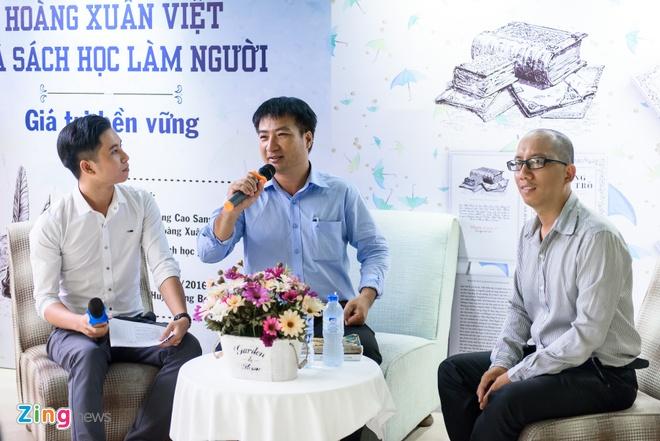 Tai ban sach in truoc 1975 cua 'quai kiet' Hoang Xuan Viet hinh anh 1