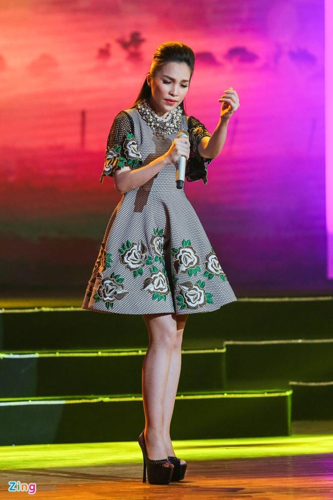 Truong Giang lap ky luc voi live show tai Da Nang hinh anh 13