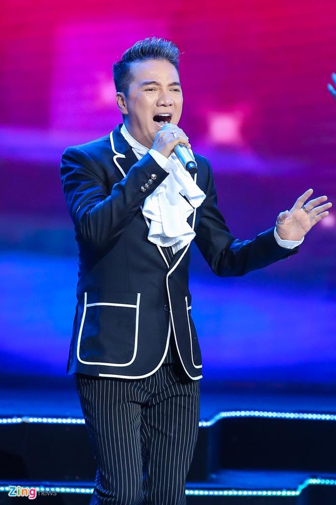 Truong Giang lap ky luc voi live show tai Da Nang hinh anh 12