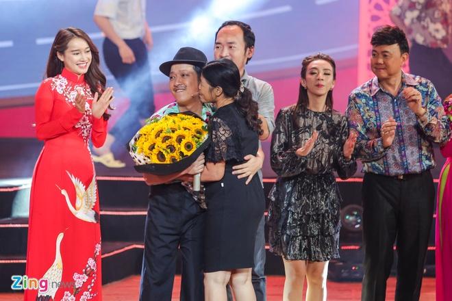 Truong Giang lap ky luc voi live show tai Da Nang hinh anh 14