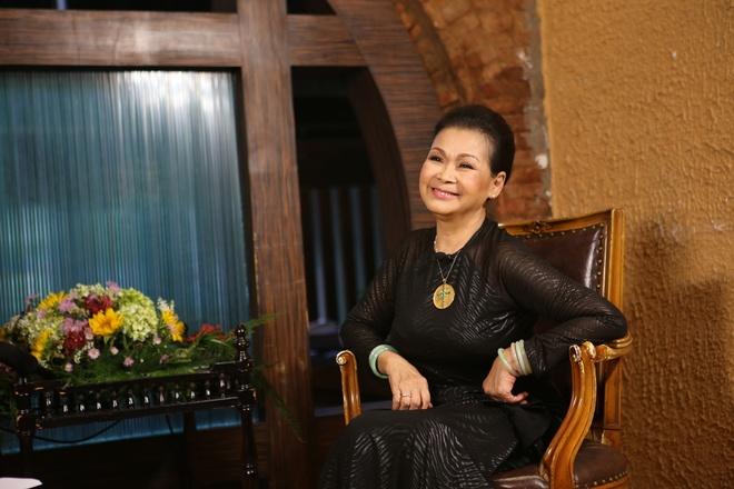 Khanh Ly lo ngai khi hat cung Ho Ngoc Ha anh 2