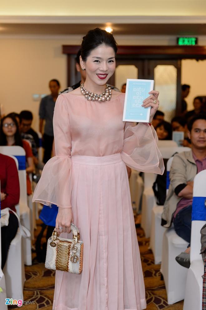 Ha Thanh Phuc ra sach Dieu gi den se den anh 3