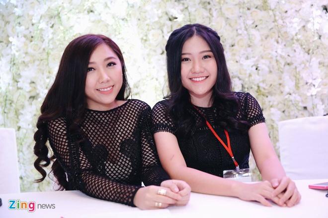 Tran Thanh va Hari Won om nhau khoc trong le cuoi hinh anh 10