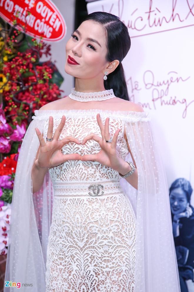 Le Quyen than thiet voi Quang Le o su kien anh 2
