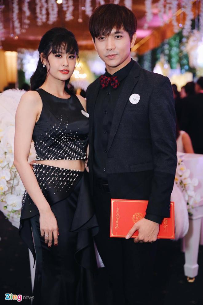 Dan sao dinh dam cua showbiz Viet du cuoi Tran Thanh - Hari hinh anh 16
