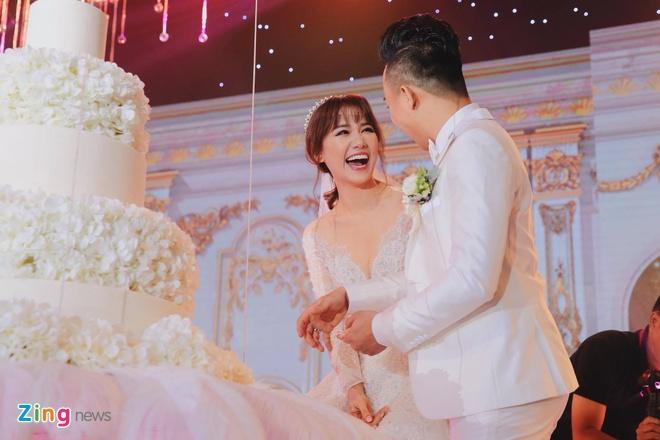 Tran Thanh khong dua Hari Won di tuan trang mat anh 2
