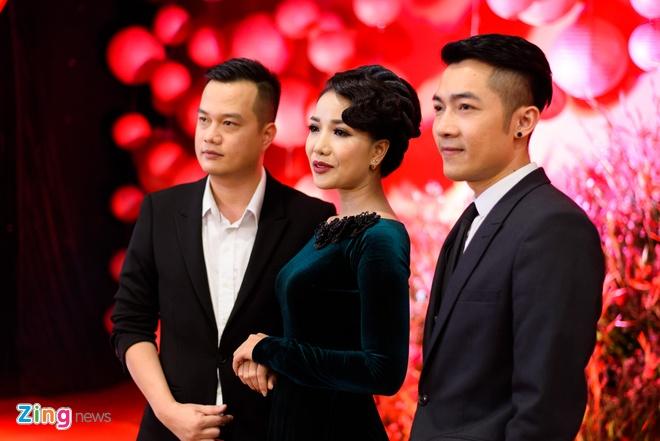 Sao Viet nhon nhip du ra mat phim 'Chay di roi tinh' hinh anh 9