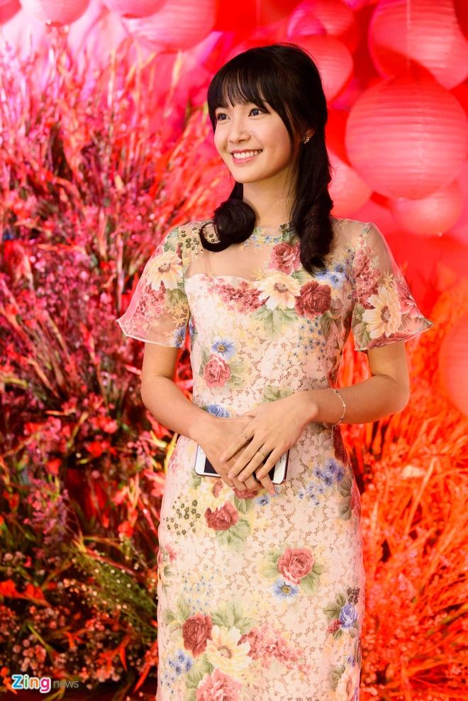Sao Viet nhon nhip du ra mat phim 'Chay di roi tinh' hinh anh 11