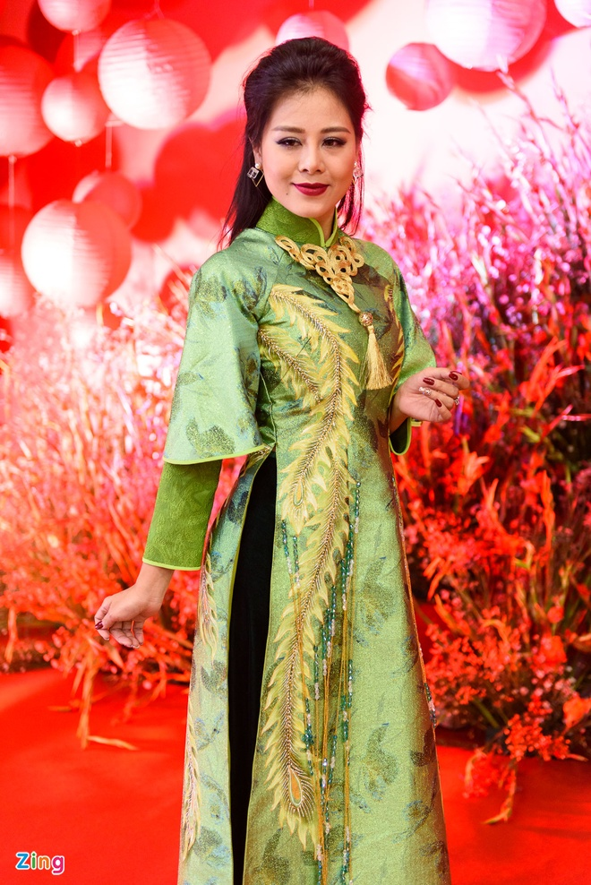 Sao Viet nhon nhip du ra mat phim 'Chay di roi tinh' hinh anh 7