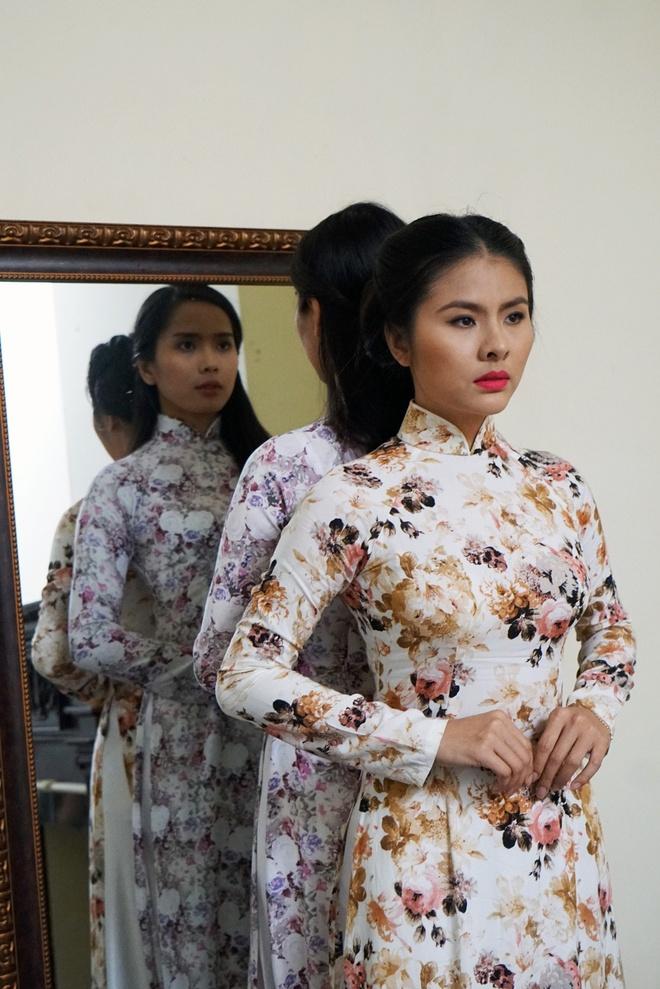 Van Trang bien hoa trong phim kinh di hinh anh 4