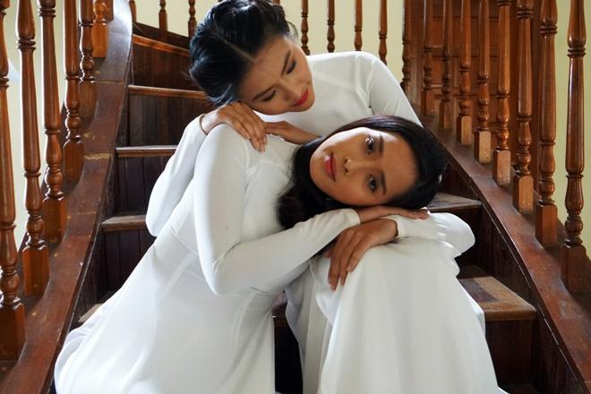 Van Trang bien hoa trong phim kinh di hinh anh 2