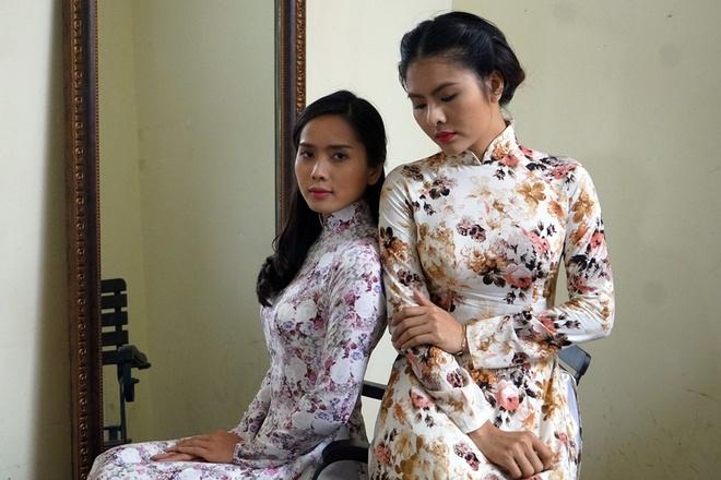 Van Trang bien hoa trong phim kinh di hinh anh 3