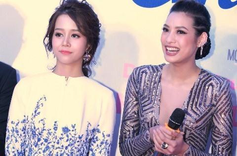 An Nguy, Lily Nguyen tuoi tan tren tham do ra mat phim hinh anh
