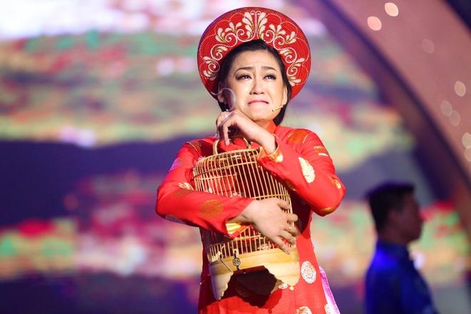 Con gai NSUT Kim Tu Long ke cuoc tinh buon tren san khau hinh anh 1