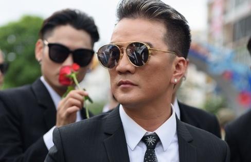 Dam Vinh Hung: 'Toi khong noi chuyen, khong an do me nau' hinh anh