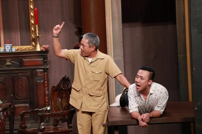 Truc Nhan goi Hoai Linh la 'thang' tren song truyen hinh hinh anh 8