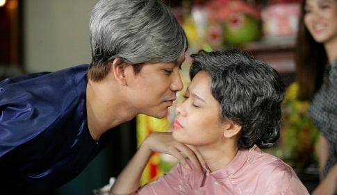 Truong Quynh Anh va Tim hoa ong ba gia trong MV moi hinh anh