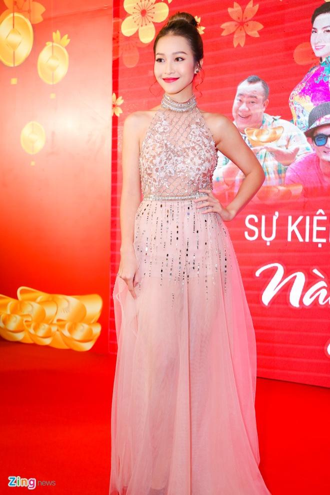 Hot girl Kha Ngan tinh tu ben Minh Luan o su kien hinh anh 1