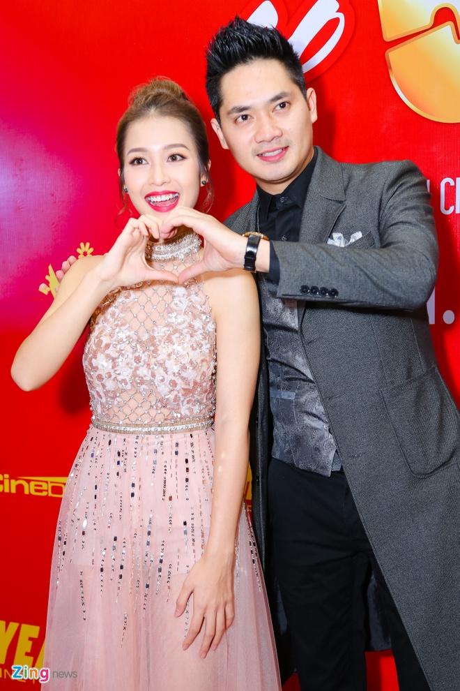 Hot girl Kha Ngan tinh tu ben Minh Luan o su kien hinh anh 4