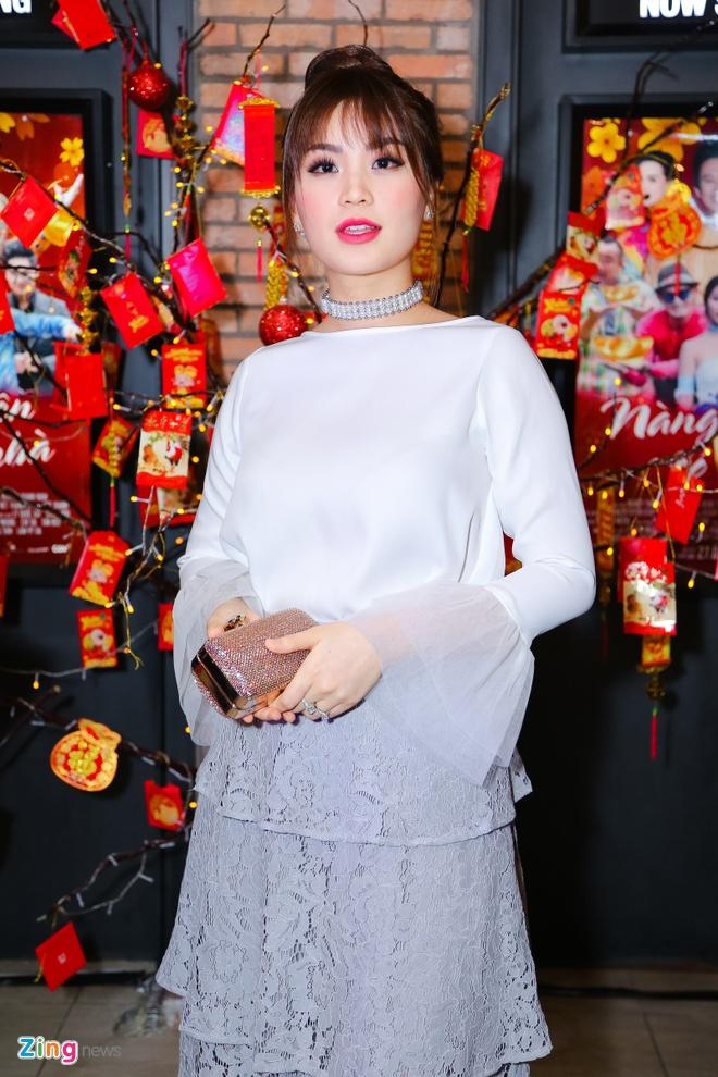 Hot girl Kha Ngan tinh tu ben Minh Luan o su kien hinh anh 8