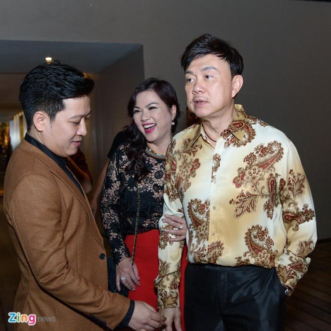 Chi Tai dua vo di tiec Truong Giang anh 1