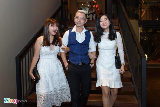 Chi Tai dua vo di tiec Truong Giang anh 6